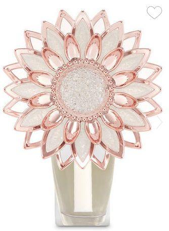 Wallflowers Fragrance Plug ROSE GOLD FLOWER NIGHTLIGHT