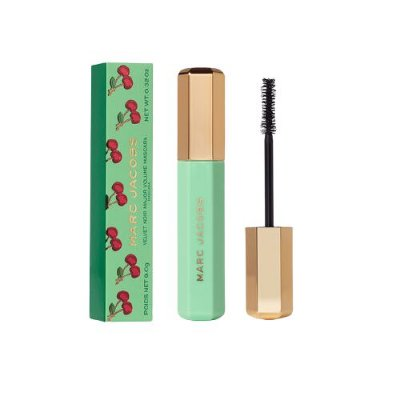 MARC JACOBS BEAUTY Velvet Noir Major Volume Mascara – Very Merry Cherry Edition