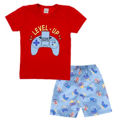 Conjunto Camiseta Vermelha Level Up e Bermuda Cinza Clara Estampada