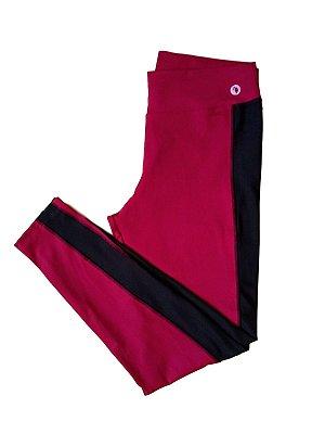 Calça legging Emana detalhe lateral plus size
