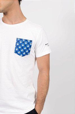 camiseta igrejinha bolso off