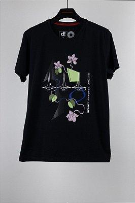 camiseta pata de vaca preto