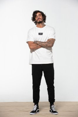 camiseta over tag