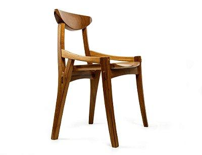 Cadeira Gil - Criação: 2020
