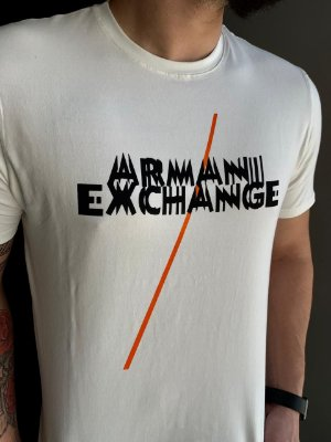 CAMISETA ARMANI EXCHANGE WHITE WITH PRINT LETTERING