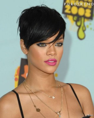 Wig corte moderno com franjão - Inspiração Rihanna 01 - ENCOMENDA