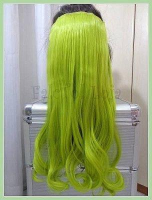 Aplique de tic tac -  Verde Fluorescente Cachos 50cm- 100gramas -Tela P - Thais Silva Unicornios&outrasdrogas