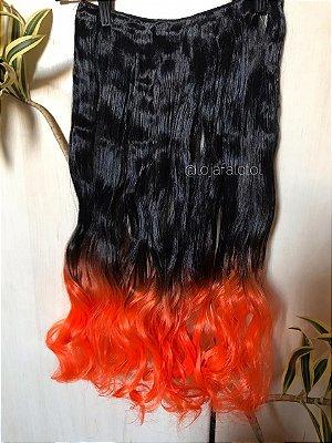 Aplique tic tac preto com ombre hair laranja com cachos 60cm