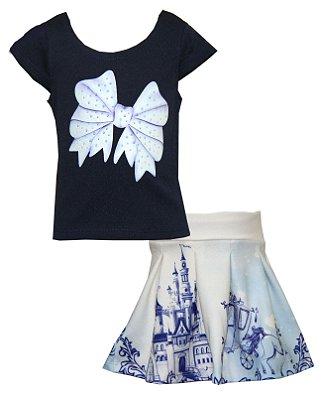 Conjunto com Blusa em Crepe com Estampa de Laço e saia em Crepe Estampado Princesa Azul