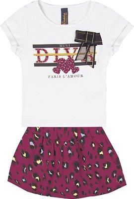 Conjunto com Blusa em Cotton com Estampa Diva com Detalhe em Laço e Saia Shorts Branco