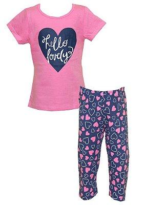 Conjunto Blusa e Capri Estampa Coração Rosa