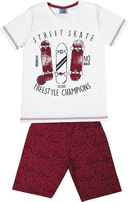 Conjunto de Camiseta Skate Bermuda em Moletom Soft Branco