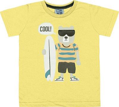 Camiseta em Meia Malha Penteada com Estampa e Aplique em Couro Sintético Amarelo