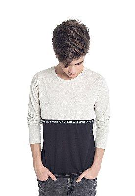 Camiseta em Meia Malha Tom sobre Tom com Detalhe Bege