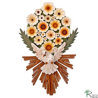 Divino Espírito Santo com Resplendor e Arranjo de Flores Madeira