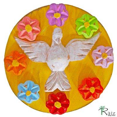 Mandala Divino Espírito Santo com Flores Coloridas Madeira Rústico Pátina Branca  e Amarelo 12cm