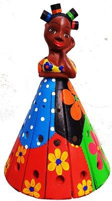Boneca Arandela Madeira Entalhada Pintura Patchwork e Toto 40cm