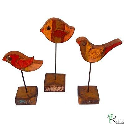 Escultura de Mesa em Madeira de Demolição Trio de Pássaros