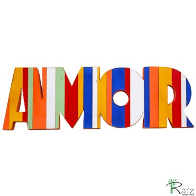 Escultura Artesanal de Mesa em Madeira Palavra Amor