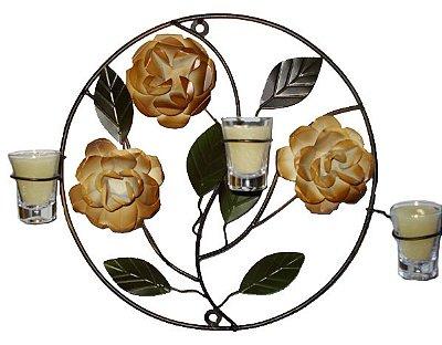 Mandala Ferro Com Rosas Brancas