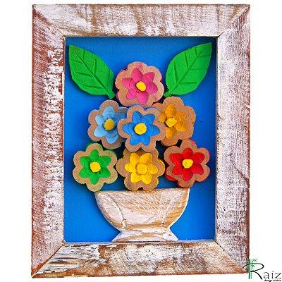Quadro Vaso de Flores Coloridas Fundo Azul Rústico