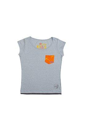 Camiseta CCXP Pocket Laranja Feminina