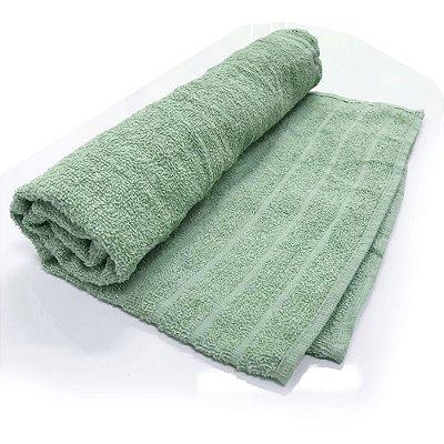 Toalha De Banho modelo Barra ?Cor Verde 68cm X 1,28m