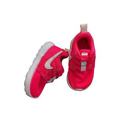 Tênis Nike Pink e Branco