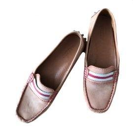 Sapato Marrom de Bolinha Arezzo