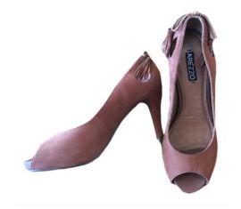 Sapato Salto Fino Marrom com Franja Arezzo