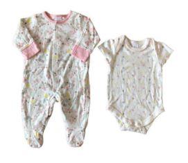 Macacão e Body Branco Flores Baby Club