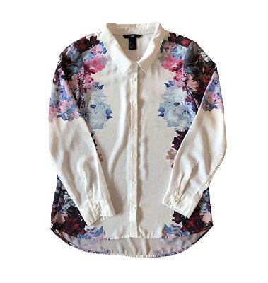 Camisa Branca com Flores Laterais H&M