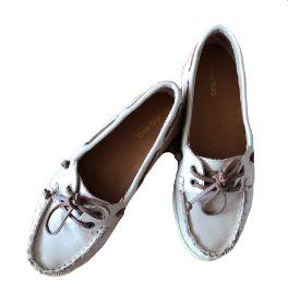 Sapato Bege e Marrom Via Mia