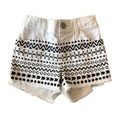 Shorts Branco com Bordados Preto The Children's Place