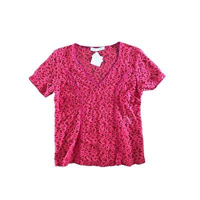 Blusa Renda Cereja com Detalhe em Pink Cris Barros