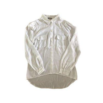 Camisa Branca de Botões com Bolsos Vera Motta