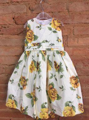 Vestido Salamê Mingue Infantil Creme com Flores Amarela