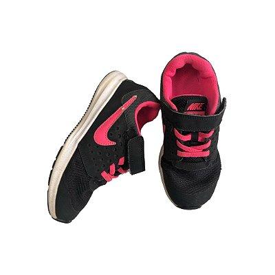 Tênis Nike Infantil Preto e Rosa