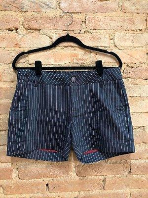 Shorts Siberian Feminino Preto Listrado