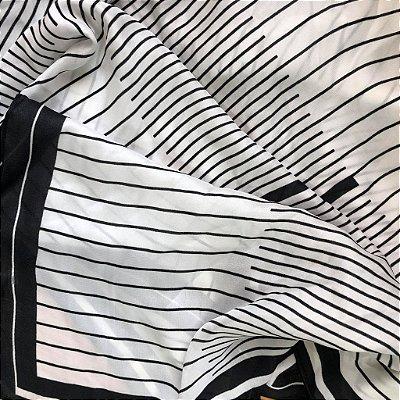 Lenço Listrado Preto e Branco