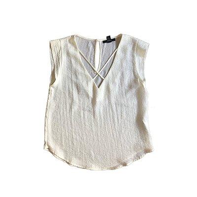 Blusa Forever 21 Branca com decote