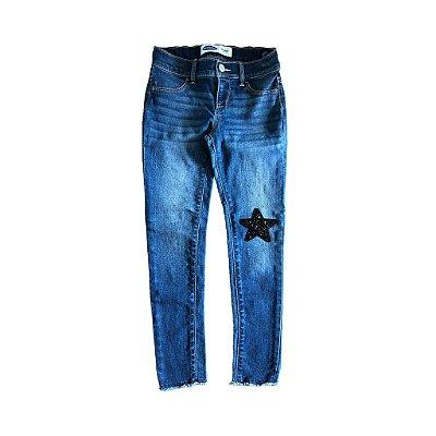 Calça Old Navy Jeans Escuro com Estrela em Joelho
