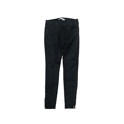 Calça Jeans YSC Feminina Preta com Ziper na Barra