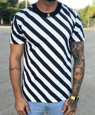 Camiseta Hundred Diagonal Line