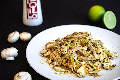 Prato de Fettuccinne com Cogumelos