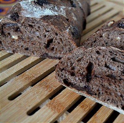 Pão de cacau com chocolate belga e castanha de baru