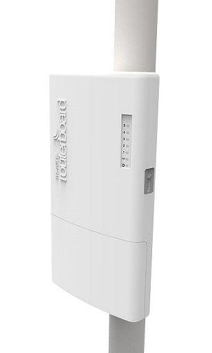 MIKROTIK FIBERBOX CRS105-5S-FB 400 MHZ 5P SFP L5