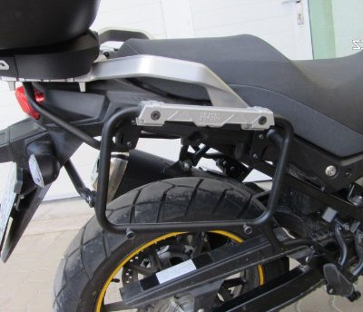 Suporte Lateral de Baús OUTBACK - GIVI para Suzuki DL650 Vstrom (novas - 2019)