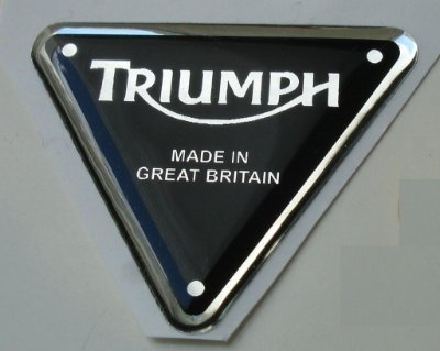 Emblema Adesivo Resinado Triumph - TRIANGULAR Preto