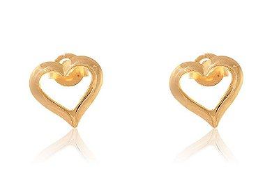 Brinco Pequeno de Coração Vazado Folheado em Ouro 18k